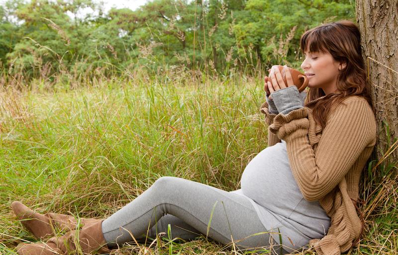Kafeja ne shtatzani: a mund ta pime?